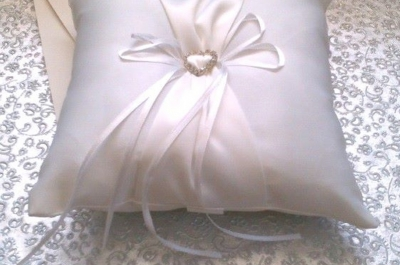 White Ring Cushion to Hire